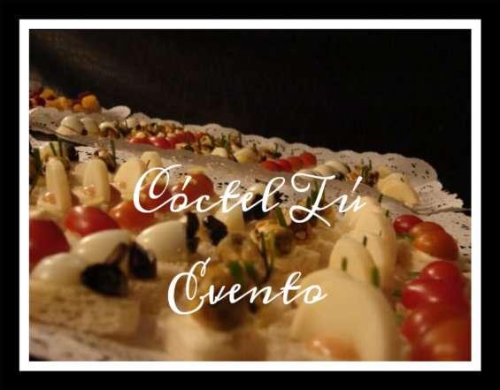 Cóctel canapés, crostinis, volován, mini quiche, pinchos, tapaditos, dulces 976153028