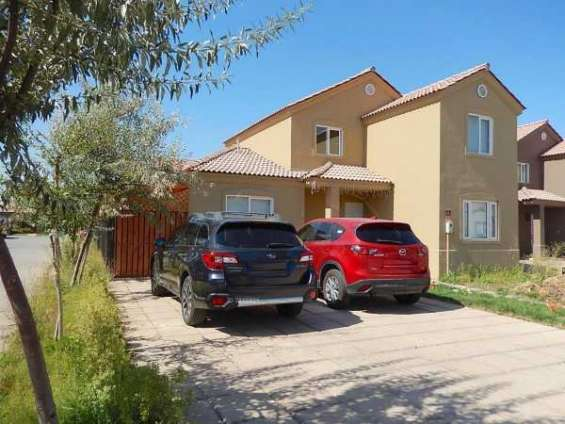 Casa condominio las lomas chicauma