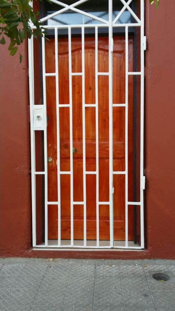 Fotos de Arriendo casa 3 dormitorios en santiago cerca parque de los reyes  (aac-080) $37 4
