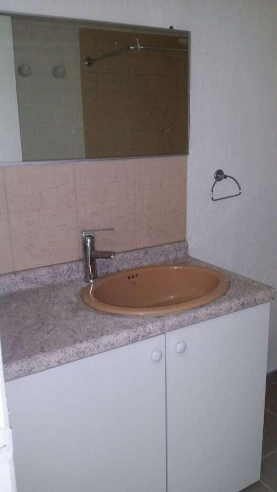 Fotos de Arriendo casa 3 dormitorios en santiago cerca parque de los reyes  (aac-080) $37 3