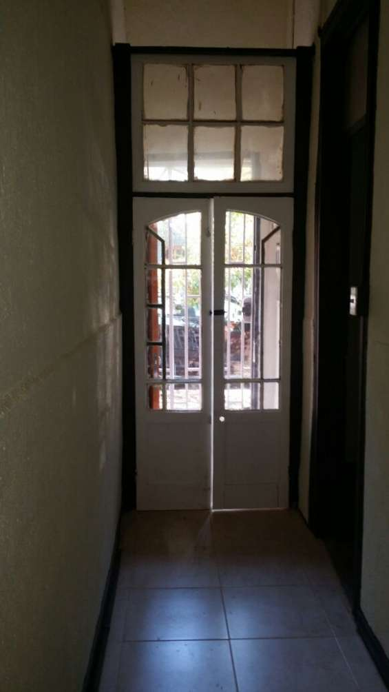 Fotos de Arriendo casa 3 dormitorios en santiago cerca parque de los reyes  (aac-080) $37 2