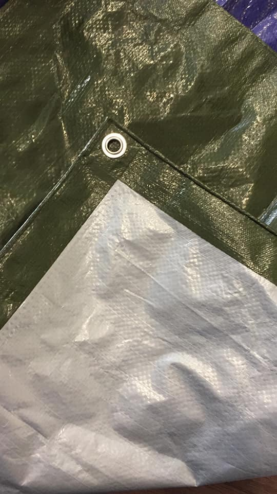 Lona dimensionada de polietileno en verde