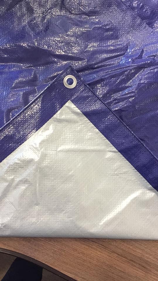 Lona dimensionada de polietileno en azul