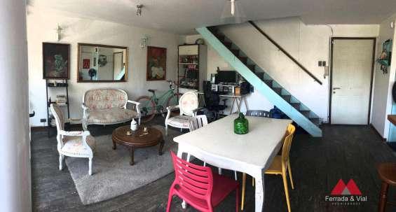 Se vende departamento duplex en providencia metro pedro valdivia