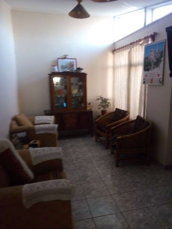 Vendo casa sector privilegiado, central