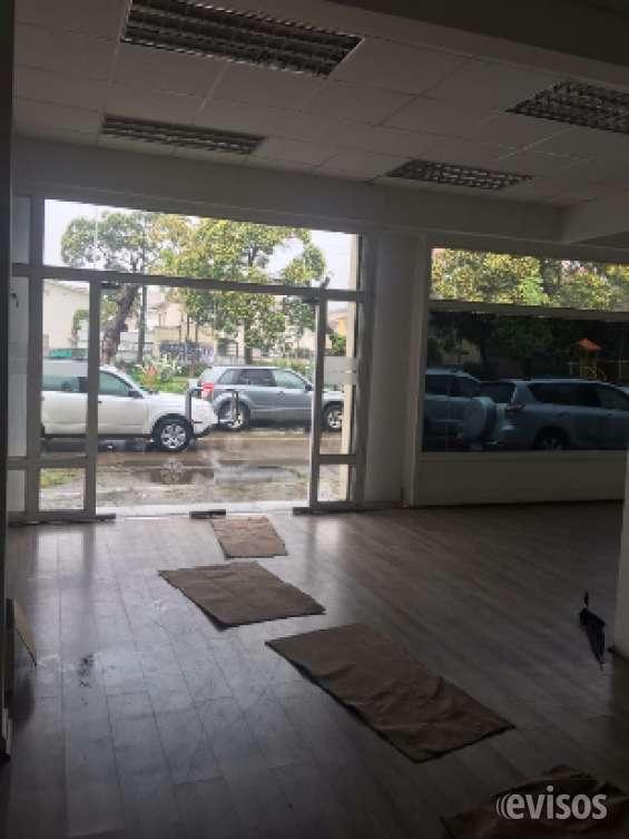 Arriendo local comercial esquina de 13 norte 800 m2 a pasos del mall, avda libertad , shop