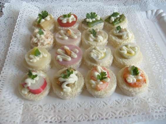 Cebiche empanaditas minichurrascos pastelitos canapes fiestas celebraciones