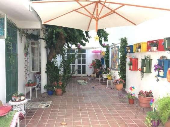 Fotos de Exclusiva casa patrimonial barrio yungay, metro república 4