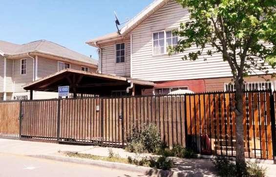 Amplia y cómoda casa se vende en santa maría de maipu