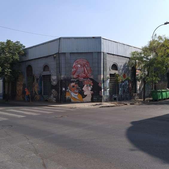 Compañia de jesús  n° 3007 / esquina calle : libertad
