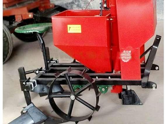 Sembradora de papas ajos para tractor