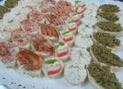 servicio de coctel banquetes fiestas canapes brochetas empanaditas minisopaipillas