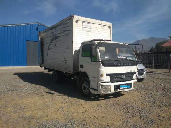 Camion yuejin al dia carga 4500 kilos