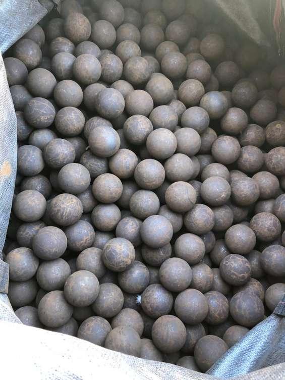 Bolas de molno 2.1/2 y 3 molycop,tal como ve las fotos