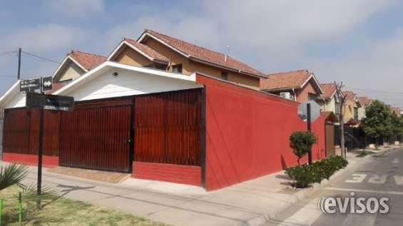 Vendo gran y hermosa casa de esquina