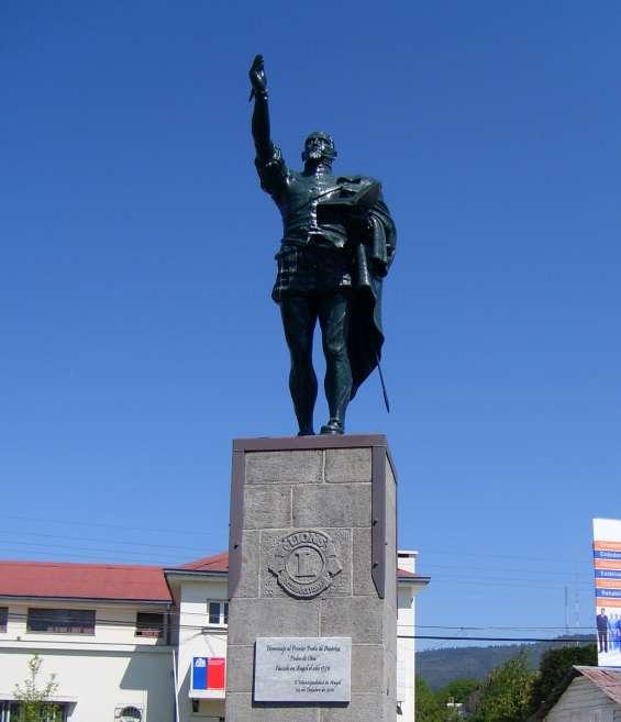 Pedro de oña .escultura realizada para la ciudad de angól