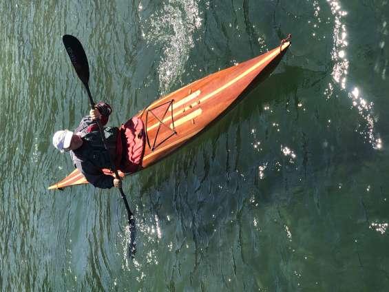 Kayak de cedro y haya