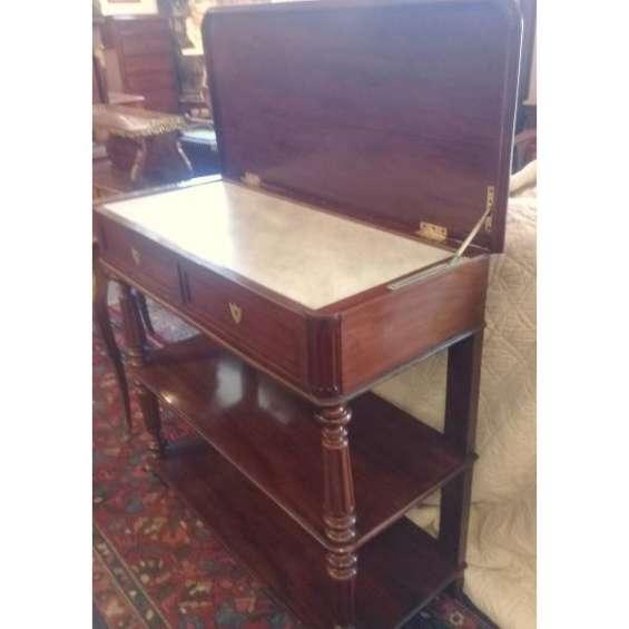 Antiguo fino mueble platero francés