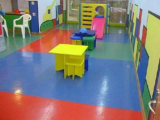 Se ofrece maestro instalador pisos vinilicos tarkett y otros