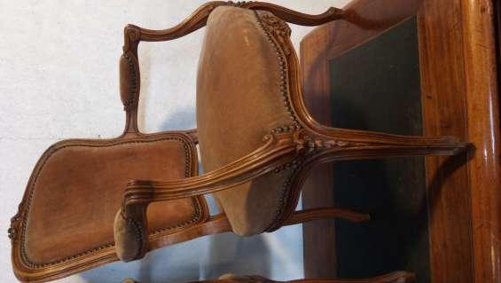 Finos sillones en roble frances l. xv ( par)