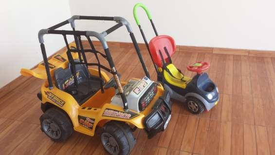 Vnedo auto para niños a bateria con toma corriente