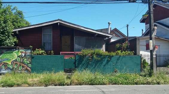Se vende casa en avenida regimiento