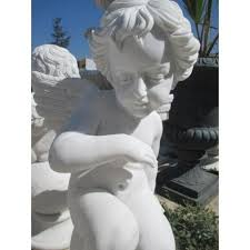 Angel sentado * bella escultura en mármol