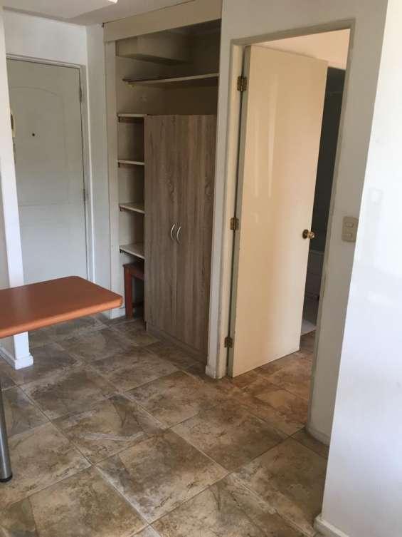 Hermoso y amplio departamento 1 dormitorio,living comedor, 1 baño. metro santa ana