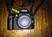 Nikon d3000 (solo cuerpo).