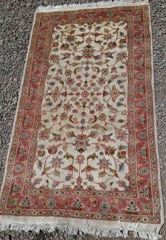 Fina alfombra tapiz de oriente * 170 x90 cms - seda