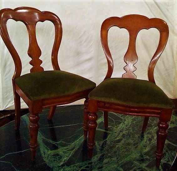 2 sillas francesas en caoba