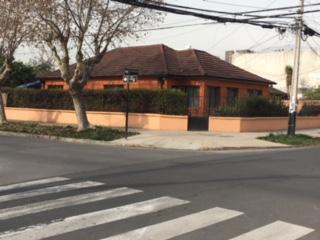 Gran casa esquina comuna de san miguel