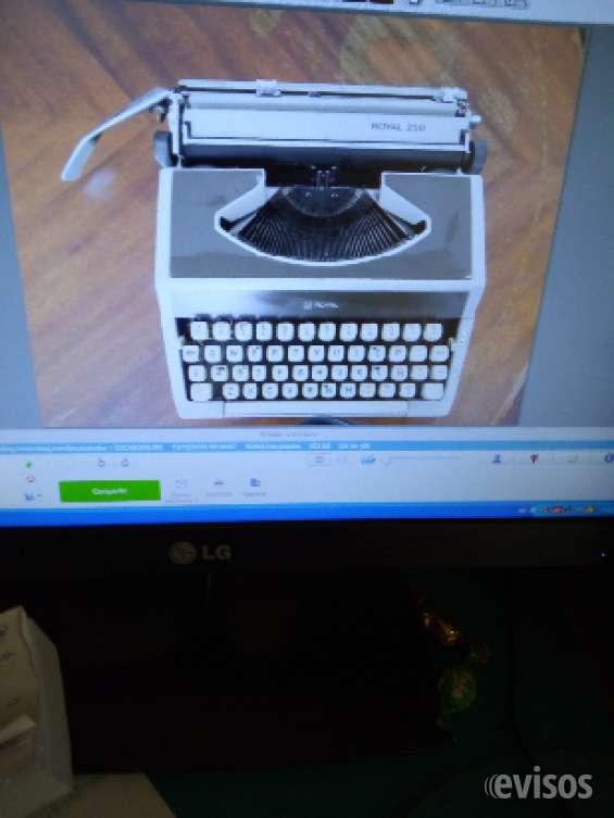 Máquina de escribir manual royal $ 15.000