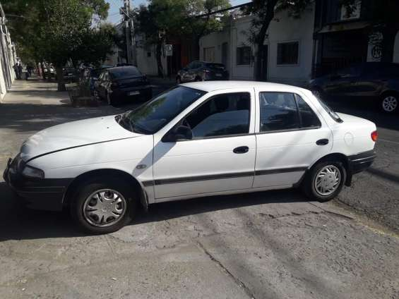 Kia sephia año 1994 impecable.
