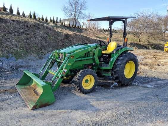Tractor john deere 4052m, 112h