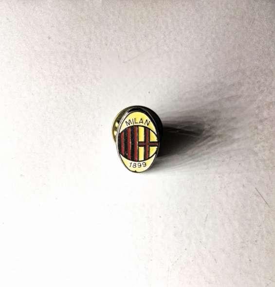 Pin broche ac milan (1987-1994)